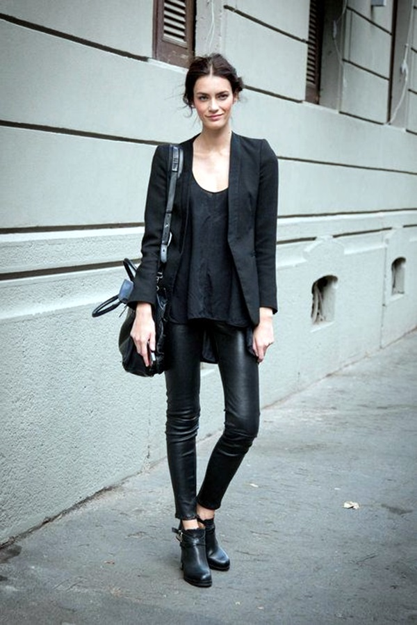 All Black Outfits Ideas for Teens (48)
