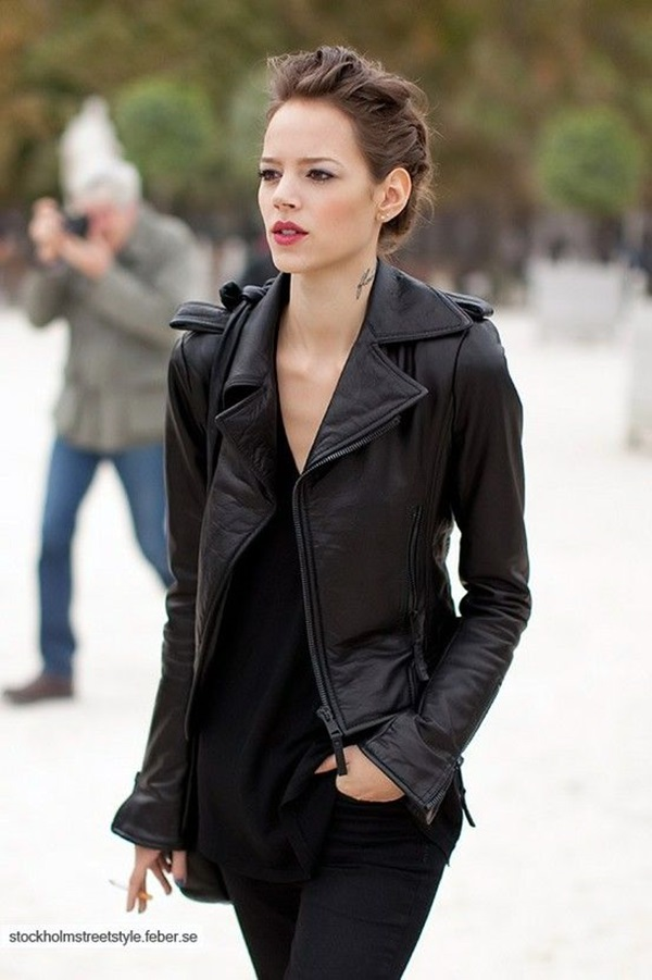 All Black Outfits Ideas for Teens (6)