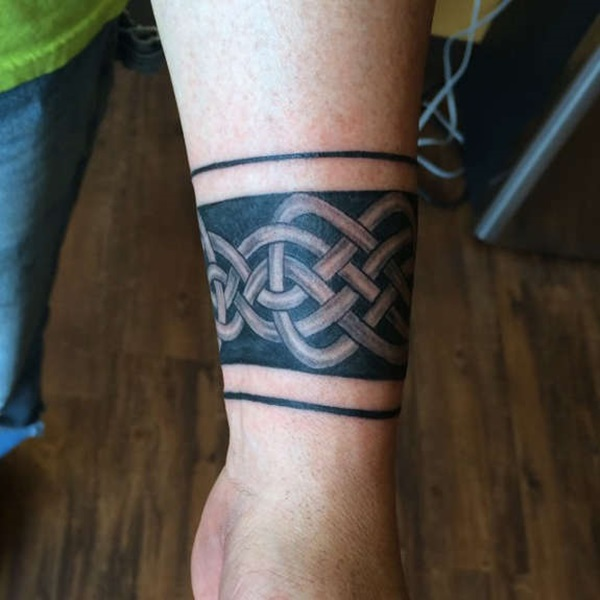 Masculine Armband Tattoo Designs for Men (3)