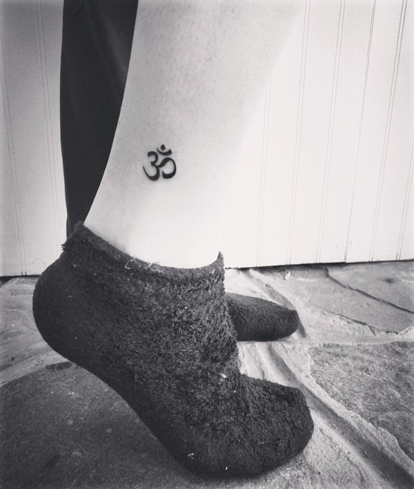 Tiny-Tattoos-With-Significant-Meaning
