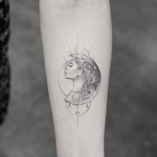 Adorable Moon Tattoo Designs And Ideas