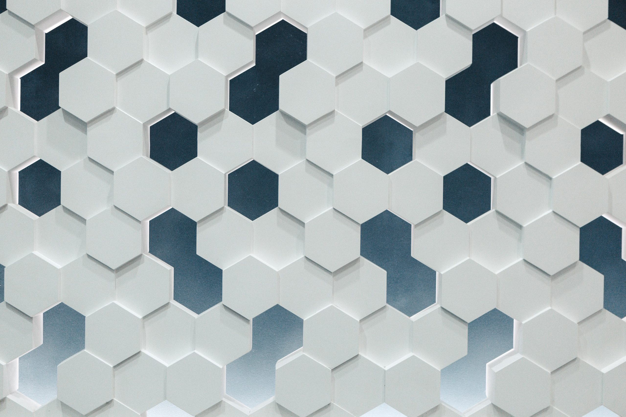 A special choice for all the trend setters of the market. Honeycomb designs ooze quality and standard.